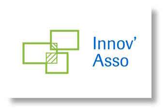 Les trois guides des ateliers  Innov'Asso  (laboratoires Roche) avec la participation de notre présidente et de notre vice-président